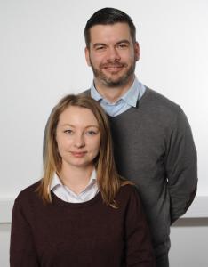 Frau Cremerius und Herr Kühnhold, Mitarbeiter der Kundenberatung