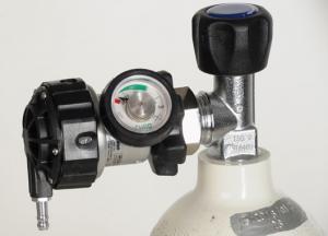 Sauerstoffflasche mit Druckminderer Bonsai - Sauerstofftherapie