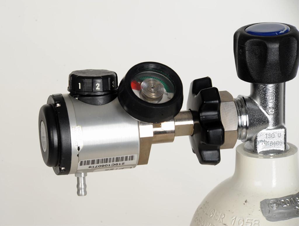 Sparsystem Cypress auf einer Sauerstoffflasche